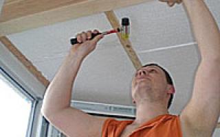 Как прибивать вагонку на потолок