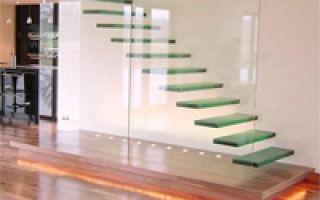 Прихожая с лестницей: проектирование, дизайн, стили