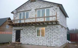 Пеноблоки или газоблоки: что предпочесть в частном строительстве