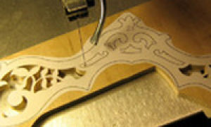 Что и как вырезать из фанеры лобзиком