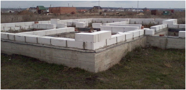 fundament dlya doma iz penoblokov
