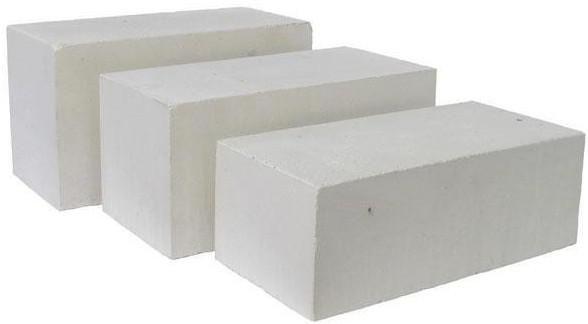 Белый силикатный кирпич имеет свои преимущества и недостатки