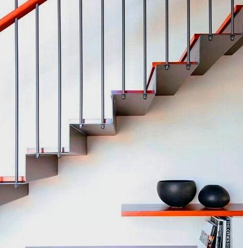 Консольная лестница сохраняет воздушность пространства