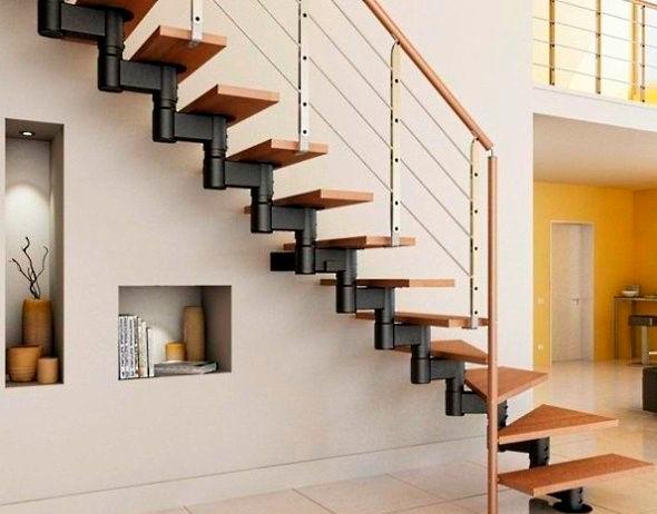 Лестница на одном косоуре очень компактна