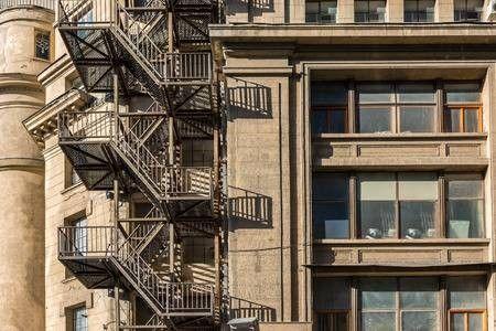 Маршевая лестница 3 типа используется для эвакуации населения
