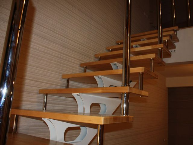 Металлическая лестница впишется в любой интерьер
