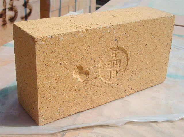Печной кирпич используется и в строительстве промышленных объектов