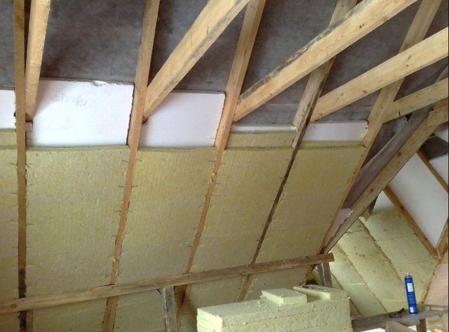 Утепление крыши изнутри пенопластом