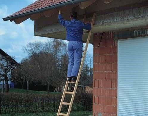 В своем доме без приставной лестницы никак